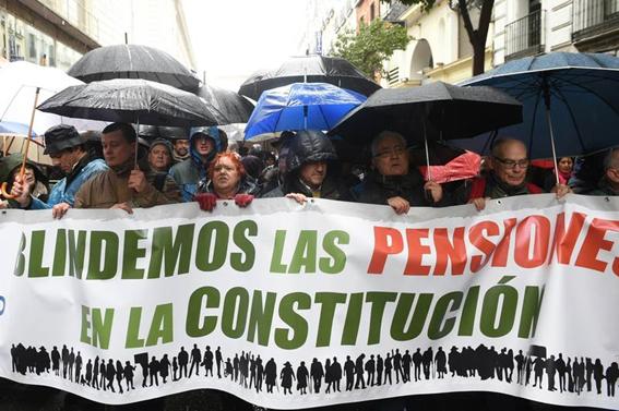 """""""Estallido social"""" si en España no cambian las políticas de pensiones"""