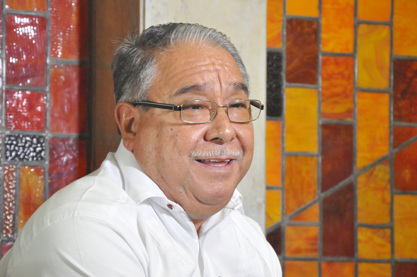 Premian al poeta zapoteco que habla de las espigas del maíz