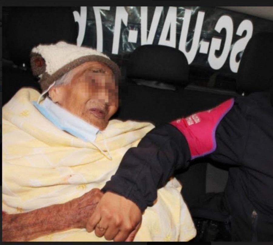 Abandonada en la calle una mujer de 90 años