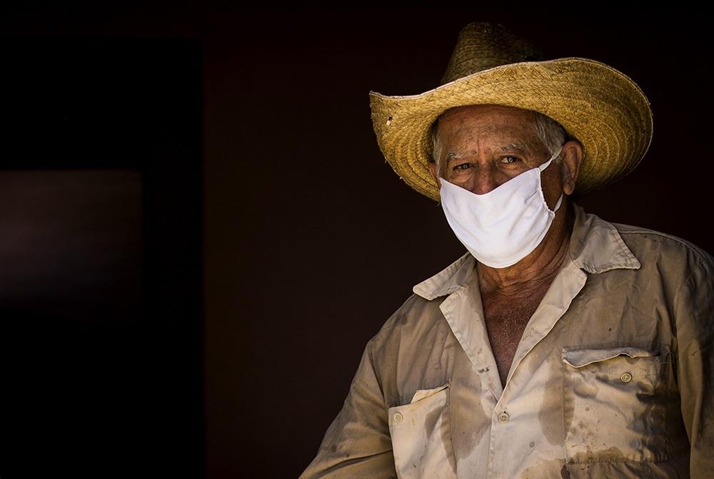 Defender la vida: la pandemia de COVID-19 y las personas mayores en Cuba