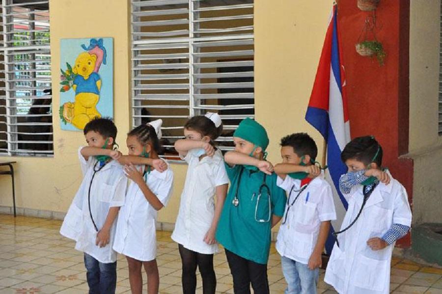 Cuba ofrece la Vacuna Soberana a otros países, producirá hasta cien millones de dosis