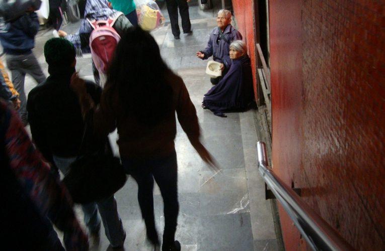 Violentados los derechos humanos de las personas mayores en México